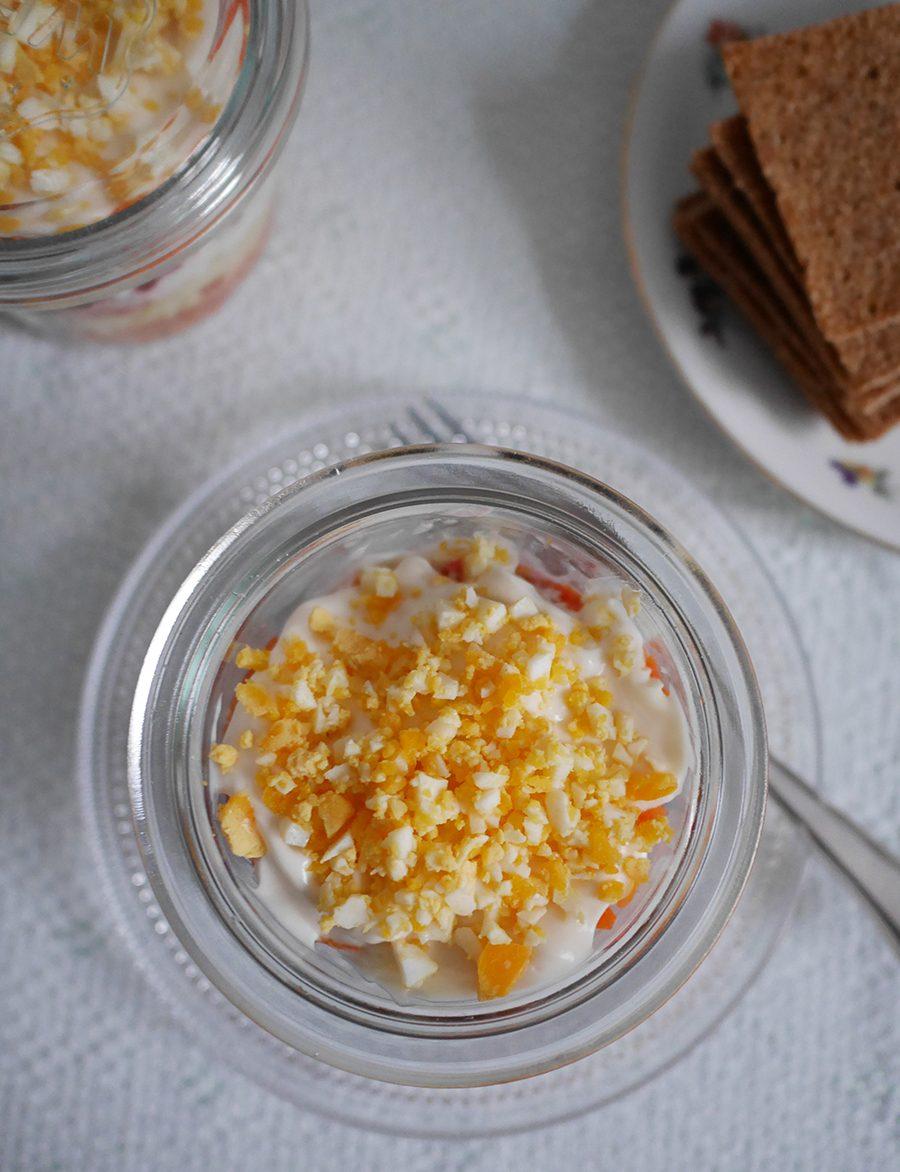 Schichtsalat mit Räucherlachs
