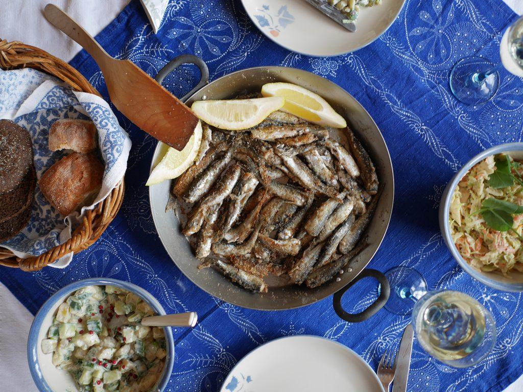 Gebratene Fische in der Pfanne